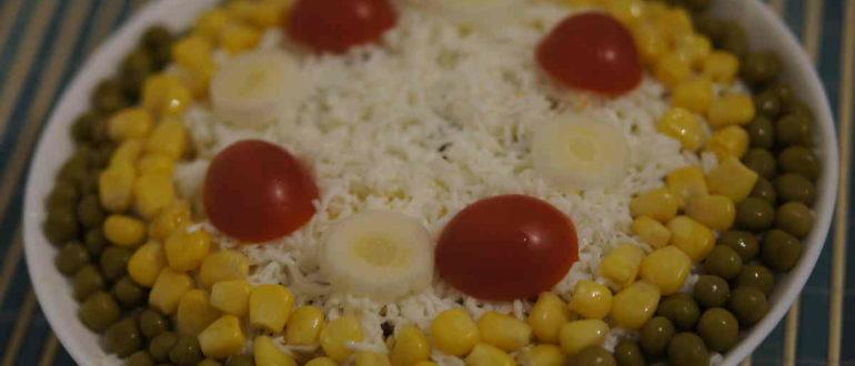 салат кукуруза курица грибы