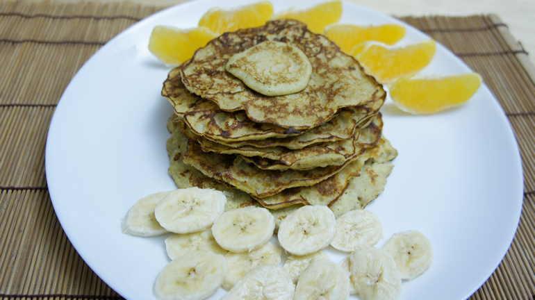 блины из бананов и яиц без муки
