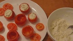 фаршировать помидоры