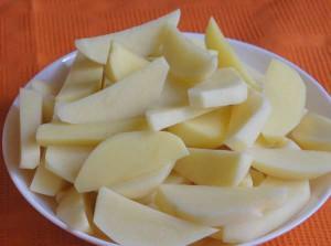 золотистый картофель в духовке